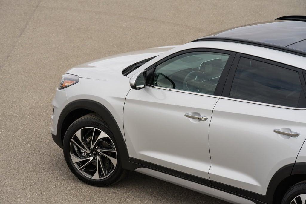 Hyundai Tucson 2019 gia tu 24.000 USD, doi dau Mazda CX-5 hinh anh 5