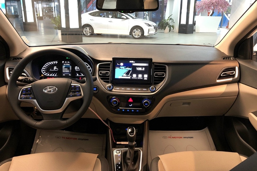 Hyundai Accent 1.4 AT Đặc Biệt - Hình 9