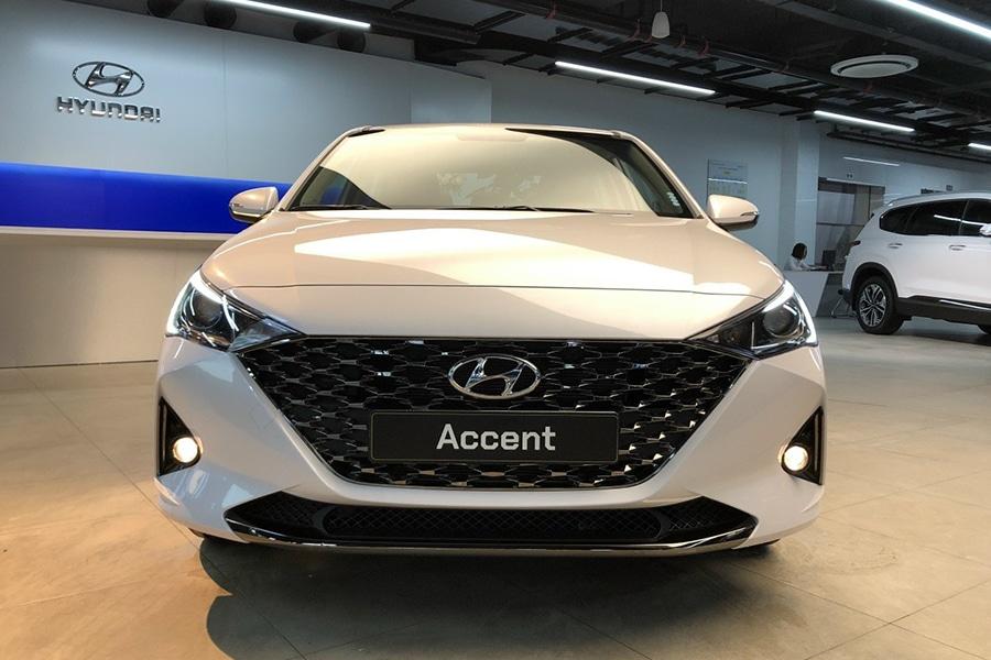 Hyundai Accent 1.4 AT Đặc Biệt - Hình 2