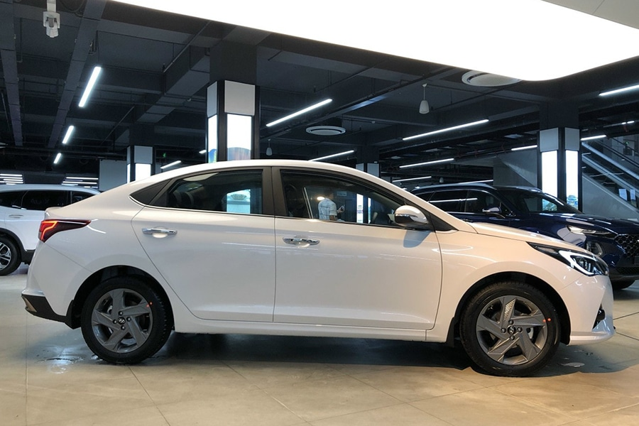 Hyundai Accent 1.4 AT Đặc Biệt - Hình 5